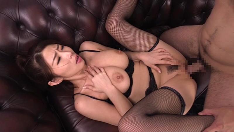 性欲解放 絡み合う濃厚接吻と求め合う情熱性交 篠田あゆみ 画像18