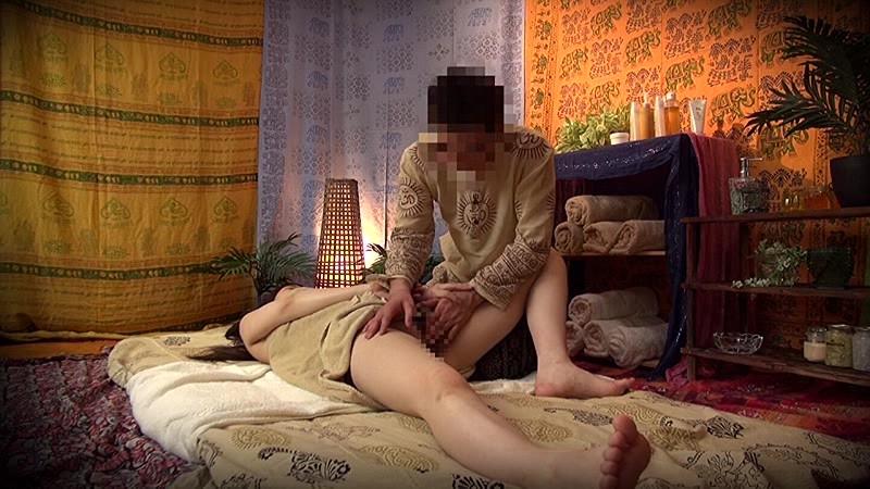 【特典映像付】素人人妻をタイ古式マッサージの無料体験と偽り騙して癒して中出ししちゃいました 文京区編 画像17