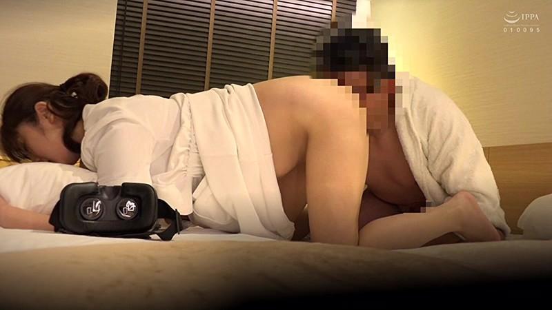 素人限定。出張メンズエステ盗撮 ギンギンチ○ポでチャンスをうかがう…。隠れ巨乳人妻エステティシャンに中出ししちゃいました。 15枚目