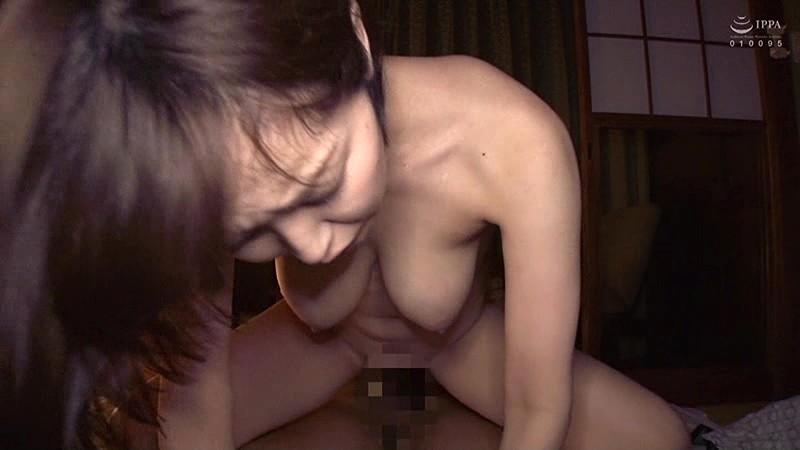 【迷ったらコレ!】再生して3分で即ヌケます。 キュートな顔してとんでもないスケベボディ!! 美巨乳×美尻×美肌!! 篠田ゆう4時間 キャプチャー画像 20枚目
