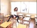 美脚女教師 美しく撓る脚線1