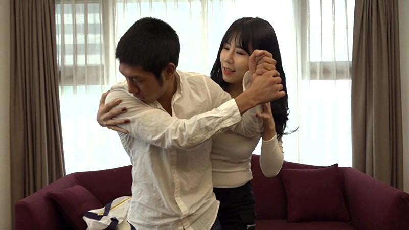衝撃! あの韓流プロゴルファーAV出演。韓国史上最強のスキモノ美女ゴルファーとまさかの19番ホールinワン! チヨン、ミナ、ユリ 無料エロ画像1