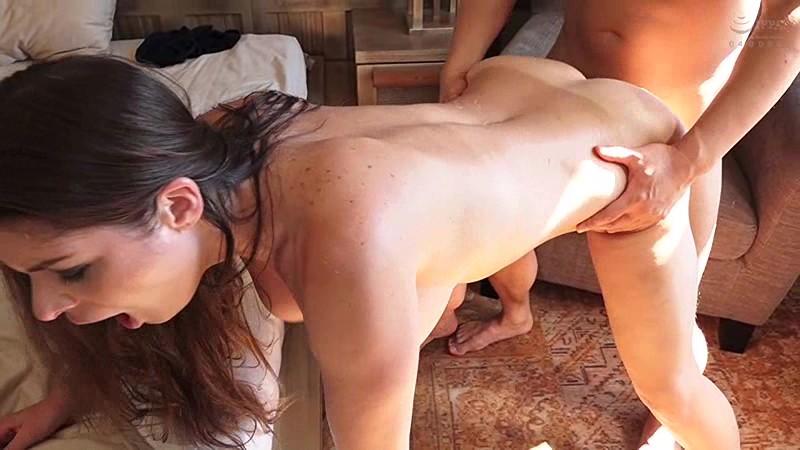 【迷ったらコレ!】再生して3分で即ヌケます。120cm Lカップ爆乳! 東欧の美魔女(42歳)にナマ中出しアクメ連発セックス! キャシー・ヘブン BEST4時間 19枚目