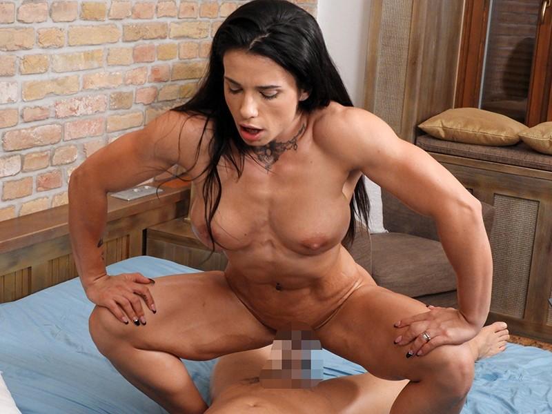 最強筋肉女神降臨!驚異の体脂肪率7%!ユーロチャンピオンの現役美人ボディビルダーが魅せる超肉食マッスルSEX! ニネル・モハード 8枚目