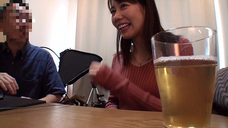 地域の公民館ビデオサークルを根城に子煩悩な巨乳ママを喰いまくる中年オヤジの極秘ハメ撮り ガチ中出しリアルドキュメントNTR 3 1枚目