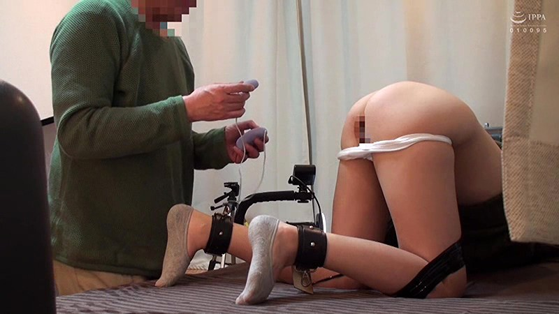 地域の公民館ビデオサークルを根城に子煩悩な巨乳ママを喰いまくる中年オヤジの極秘ハメ撮り 裏流出 5 キャプチャー画像 14枚目