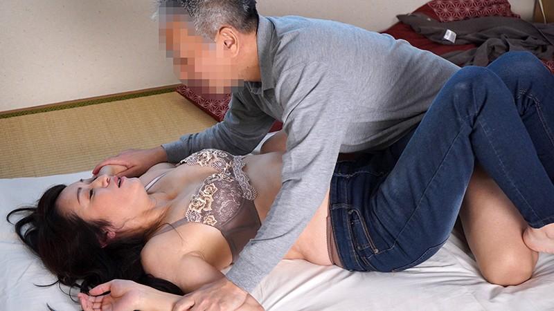 山村集落のおばさんを喰いまくる 今浪優さん(47歳)の場合 キャプチャー画像 2枚目
