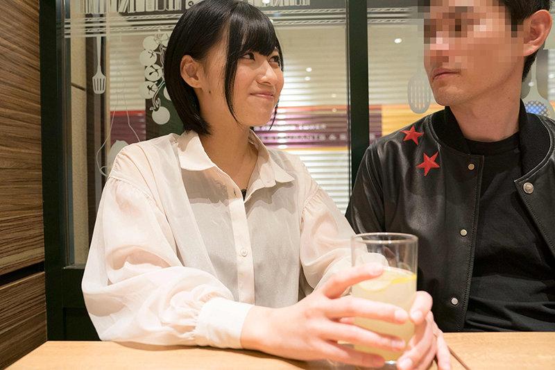 【目つきがエロい 乳がデカい】ビッチ!!!【離婚予定のスケベ妻 ムッチリボディ】りささん 画像1