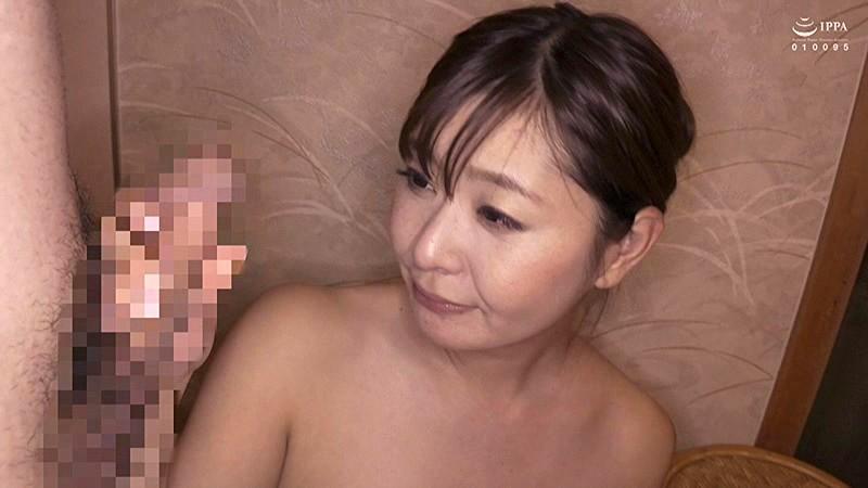 中出し人妻不倫旅行 葵百合香 5枚目