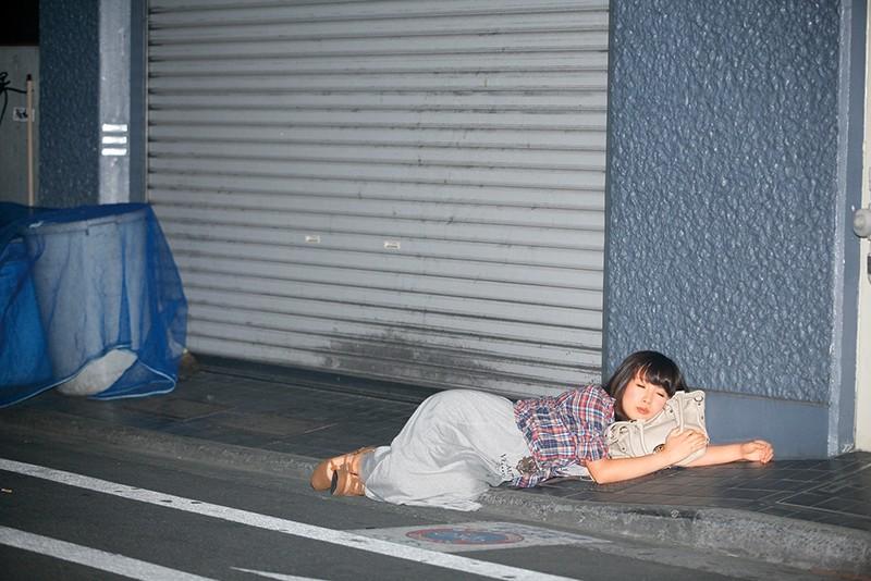 誰にでもできる酒に弱い女性の使い方!? 道端に落ちてるナイスバディな娘をヤリタイ放題 これぞワンチャン 4時間 15人 7枚目