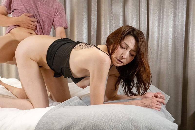 訳あり熟女妻令和おばさんと本気の1Day不倫SEX記 京香さん50代の熟女