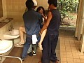 公園トイレで露出ビデオ撮影中にレイプ魔に襲われる 〜本物レイプを撮影する方法〜5