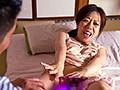 旅館や民宿、ホテルでも突然夜●いされた熟女 抵抗するも男のガチさに身体がHモード覚醒「せっかくなら楽しみたい・・」という割り切りお楽しみSEX28人8時間