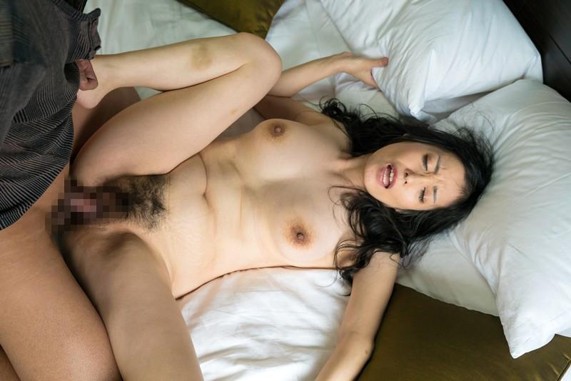 【熟女寝取られ】巨乳の熟女痴女の、寝取られ不倫誘惑プレイエロ動画。【おっぱい】