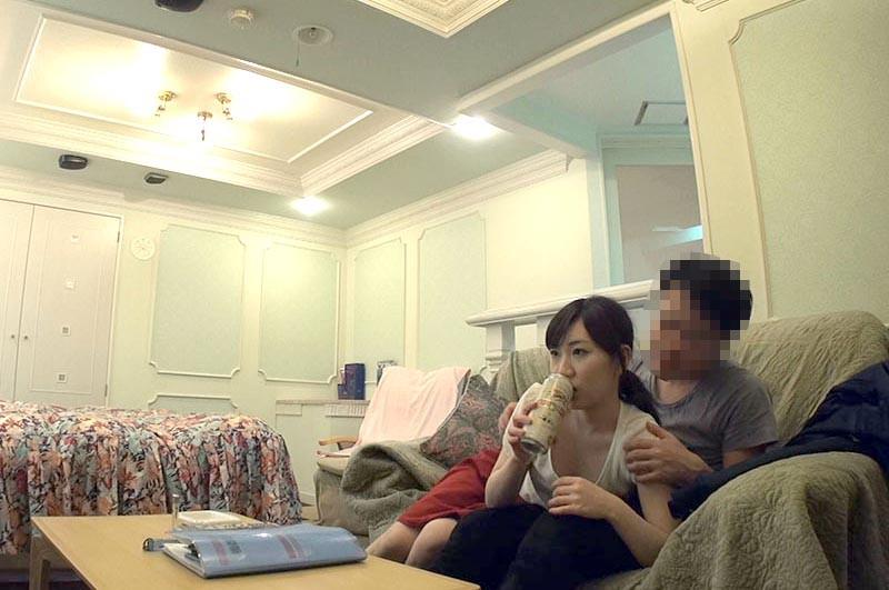 人妻不倫密会で欲求を満たす女達14人4時間 5 キャプチャー画像 9枚目