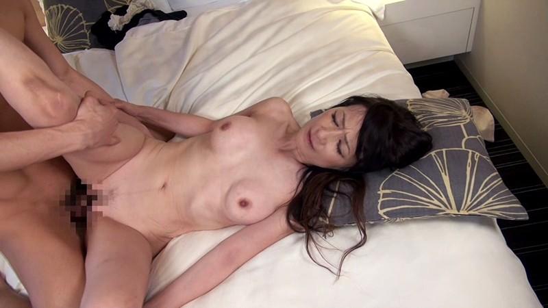 おばチラGET 実在する無垢な熟女の恥じらいEXPRESS 3サンプルF14