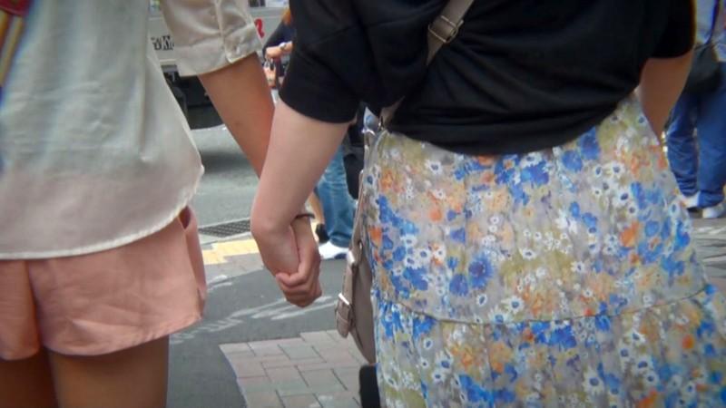 爆乳好きの女たち リアル素人肉欲レズ 画像1