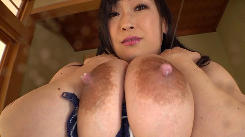 母乳爆乳ひなみ むせるほどの母乳1リットル 成澤ひなみ
