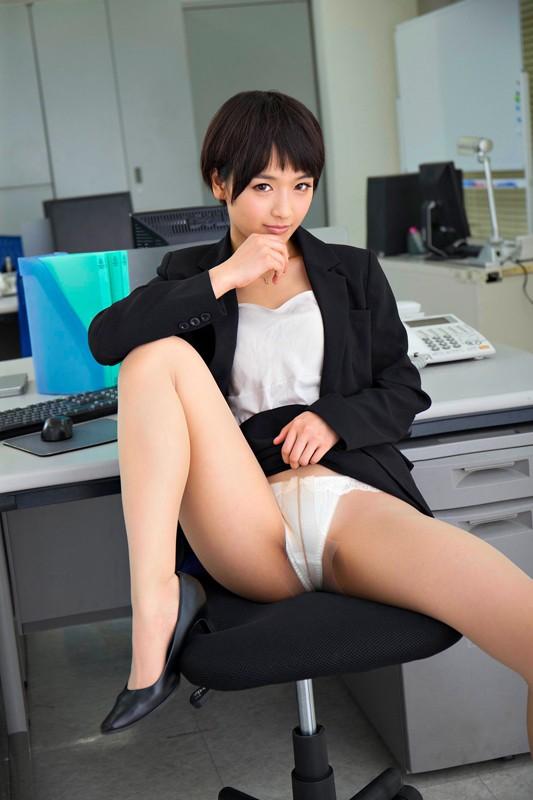 【VR】「社長、好きにしてください…」社内のマドンナ的美人秘書が息をはぁはぁさせながらパンスト破りやアナルを見せながらのおもちゃ攻め唾液を垂らしながらド淫乱変態セックス!最後は密着正常位で生中出し!向のサンプル画像