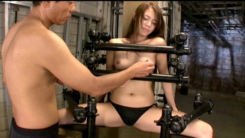 巨乳の、藤井シェリーの電マフィストSM無料動画。【拷問、顔射、拘束動画】