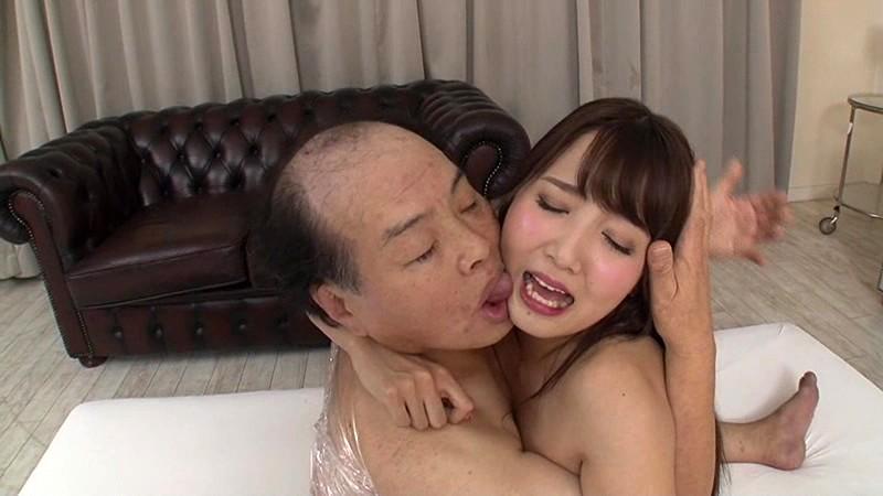 【画像あり】女子小学生にわいせつ行為をした先生(29)の御尊顔wwwwwwwwwww ->画像>159枚