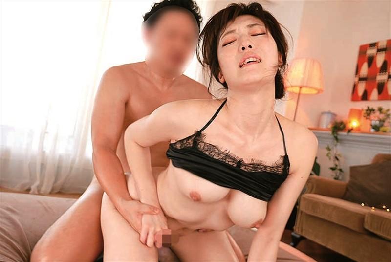 七瀬いおり 絶頂敏感セックス 激イキ初3Pピストン キャプチャー画像 2枚目
