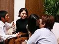 [NANX-181] 街で見つけた、まるで友達のように仲の良い母娘にHなインタビューをお願いして「パパには絶対言えない」禁断の親子丼セックスをさせる!! 2