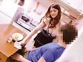 [OKAX-594] 【特選アウトレット】『今日旦那が出張でいないの、ご飯作りすぎちゃって」隣の奥さんが無防備すぎる格好で…