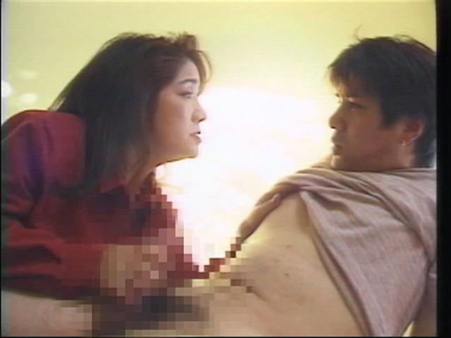 近親相姦 母と息子のセックス 2枚組8時...