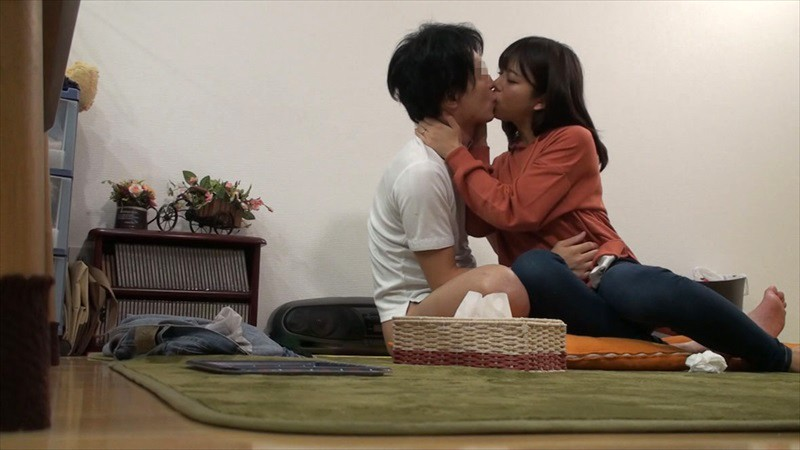 UMSO-297 Studio K M Produce - I Became A Divorcee Single Father When My Wife Ran Out On Me, But Suddenly I'm A Hot Item!? The Neighborhood Mothers Were Sympathetic Towards Me, And Wanted To Help Out, So I've Been Committing Adultery With Them In The Afternoons vol. big image 7