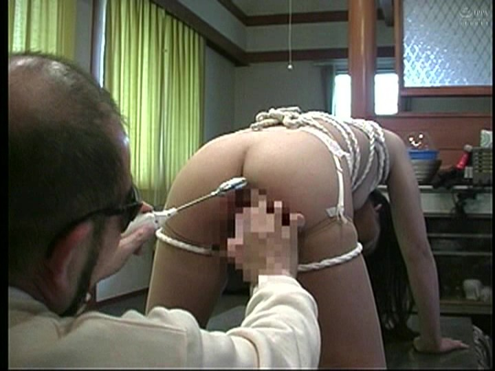 人妻調教 鞭打ち、浣腸、人間便器、野外調教 画像4