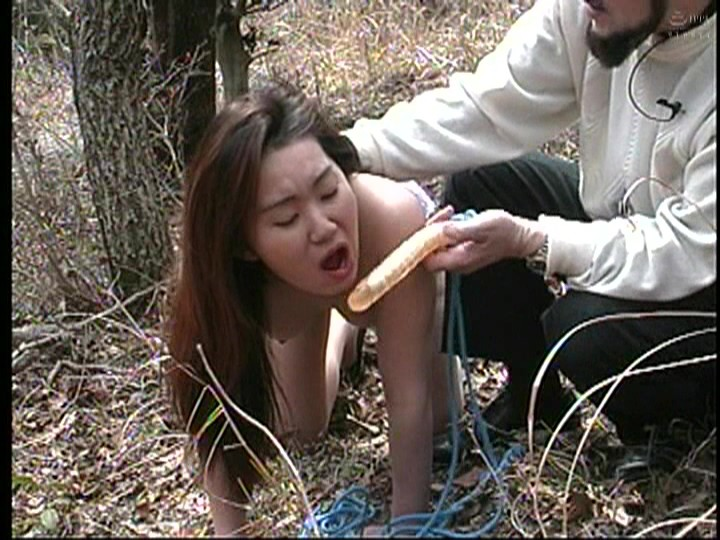 人妻調教 鞭打ち、浣腸、人間便器、野外調教 画像9