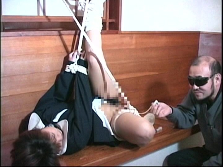 奴●教室 緊縛ブルマ、制服、鞭打ち浣腸逆さ吊り 画像11