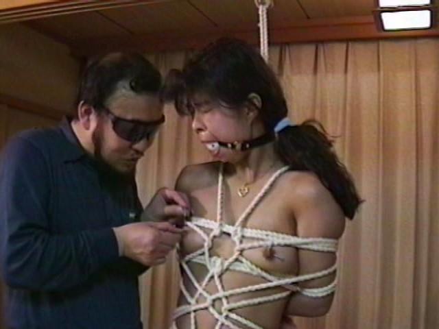 人妻メス奴●6 生姦飲尿・針・逆さ吊り
