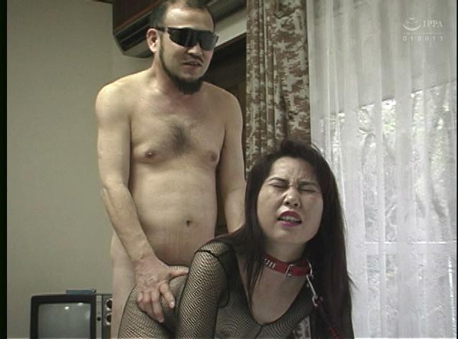 緊縛若妻 鞭打ち・浣腸・天井宙吊り責め 画像20