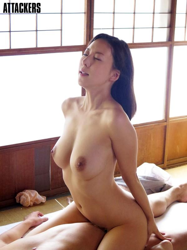 肉体奉公 人妻家政婦、犯されるままに 松下紗栄子のサンプル画像