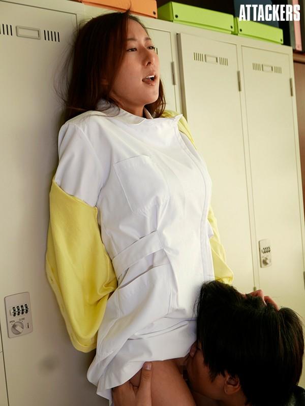 不純な白衣 人妻看護師・美香のあやまち 松下紗栄子 6枚目