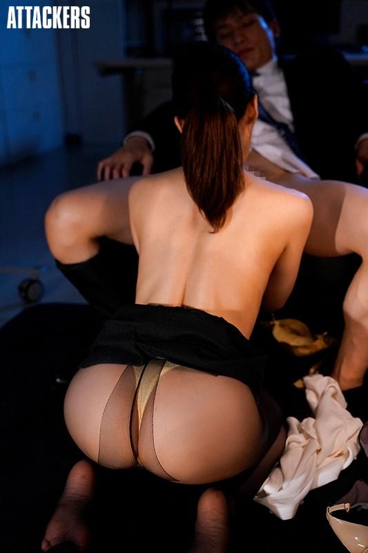 憧れの女上司と毎日深夜残業しています。 篠田ゆう 画像4