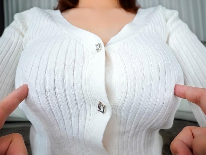 ロスでナンパした笑顔の素敵な陽キャ女子大生が透明感美肌と卑猥なピンク乳首が卑猥すぎて軟体SEX生ハメ中出しAV出演 リリー(21歳)