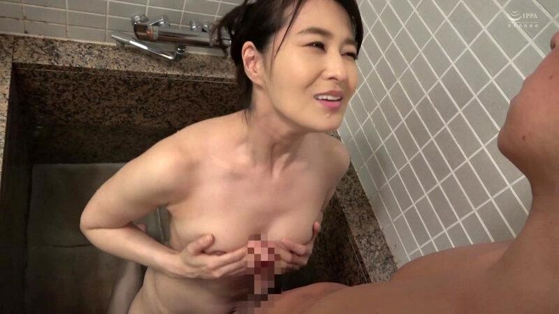 綺麗でいやらしい叔母さんの 熟した肉体に導かれ淫らに交わる僕 北川礼子 キャプチャー画像 11枚目