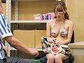 万引き巨乳ビキニ娘 バックヤード拘束輪姦 海水浴場近くのコンビニで万引きをした巨乳ビキニ娘を捕まえ、バックヤードに拘束して店員全員で…