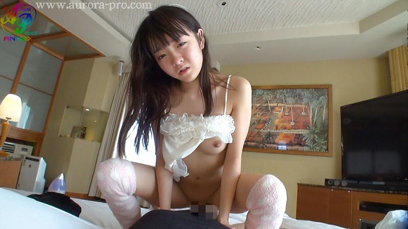 色白スレンダーな美乳でロリの、早乙女ゆいのフェラ無料動画。【早乙女ゆい動画】