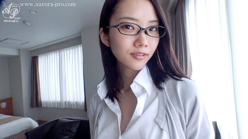 【変態】美人スレンダーなメガネで眼鏡のお姉さん女教師の、中出し手コキハメ撮りエロ動画!【お姉さん、女教師動画】