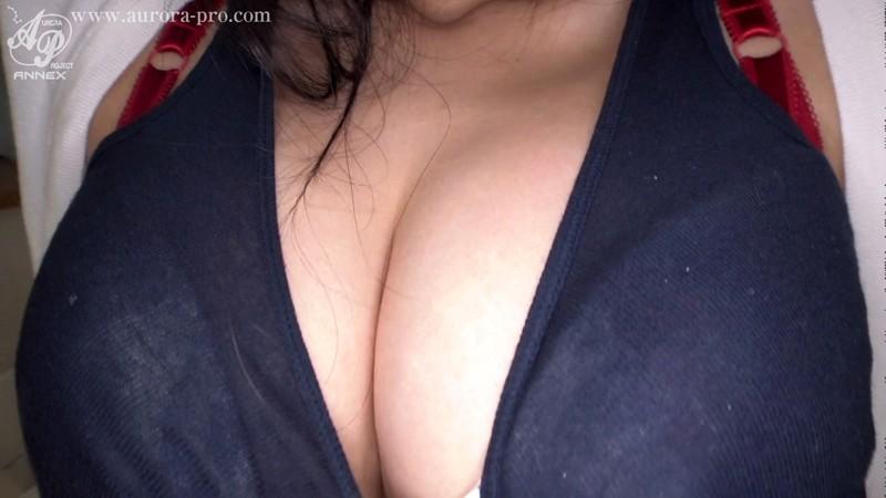 1年セックスレス・溜まってるFカップ若妻 自宅に男を引っ張り込んで、顔も子宮も濃厚精子で汚してもらうんです...。 植村恵名 10枚目