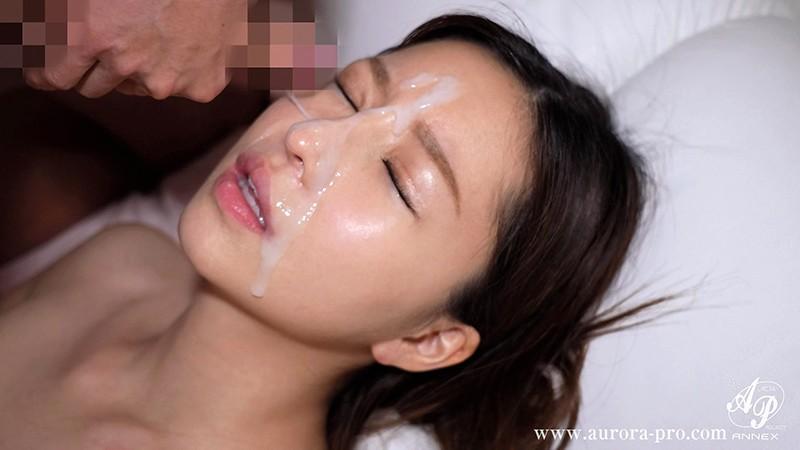 【エロ動画】飯場の性処理まかない妻の中出しセックス 【羽咲美亜】
