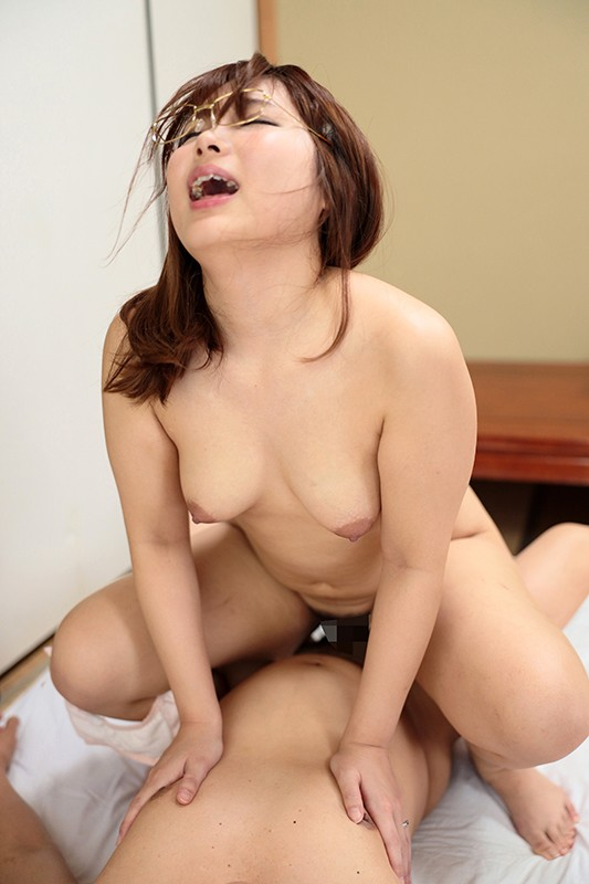 AQSH-059 Studio Aquamall/Hero - Stuck Up Big Booty Housewife Next Door Gave Me Attitude, So I Seduce