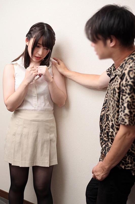 「あなたのためなの、ゴメンね…」 闇金に追われる夫のためにその身を捧げる美尻妻 山本蓮加 画像6