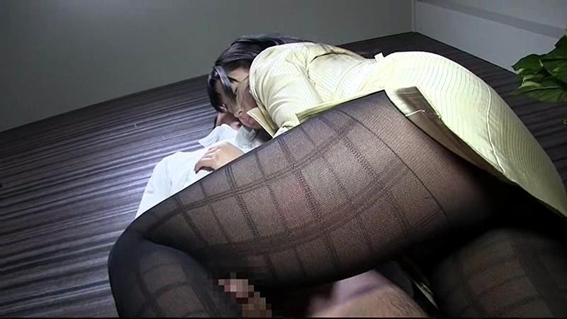むちむち黒ストッキング×腿コキ 画像1