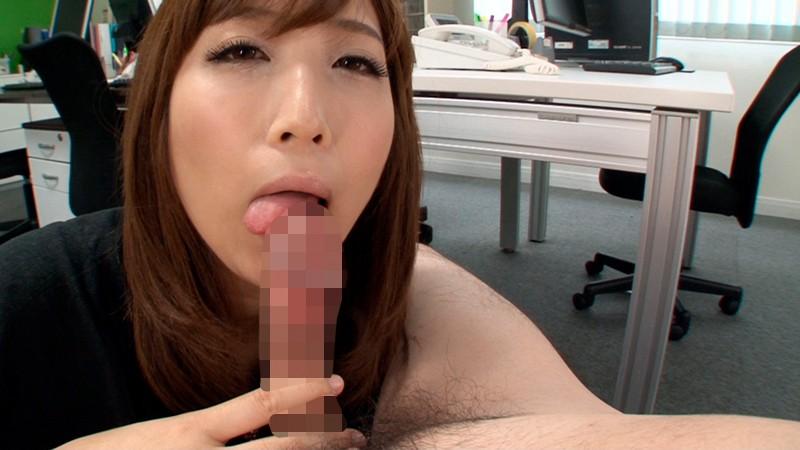 イッてはいけない!禁欲中の僕を誘惑し超絶テクのフェラや手コキで寸止めしまくる誘惑お姉さん 画像2