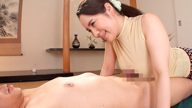 もちもちの豊満乳房に顔埋めながらベロンベロンに乳首舐められ続ける。